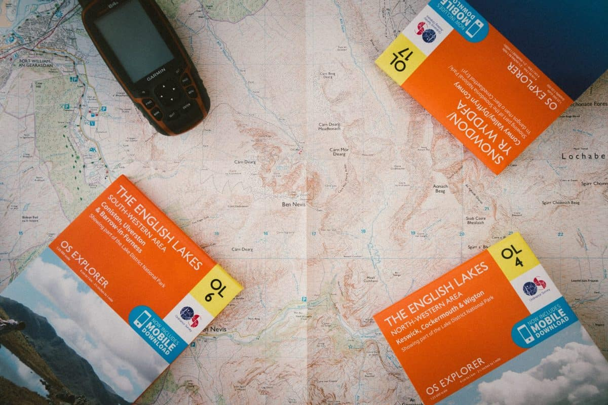 GPS and selection of paper maps