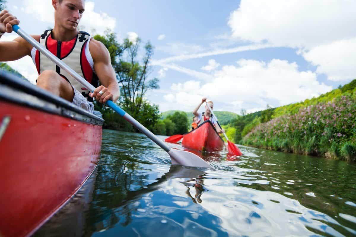 Kayak Vs Canoe