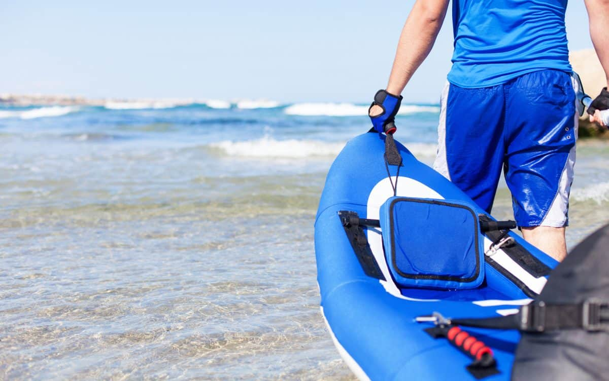 carrying your kayak guide