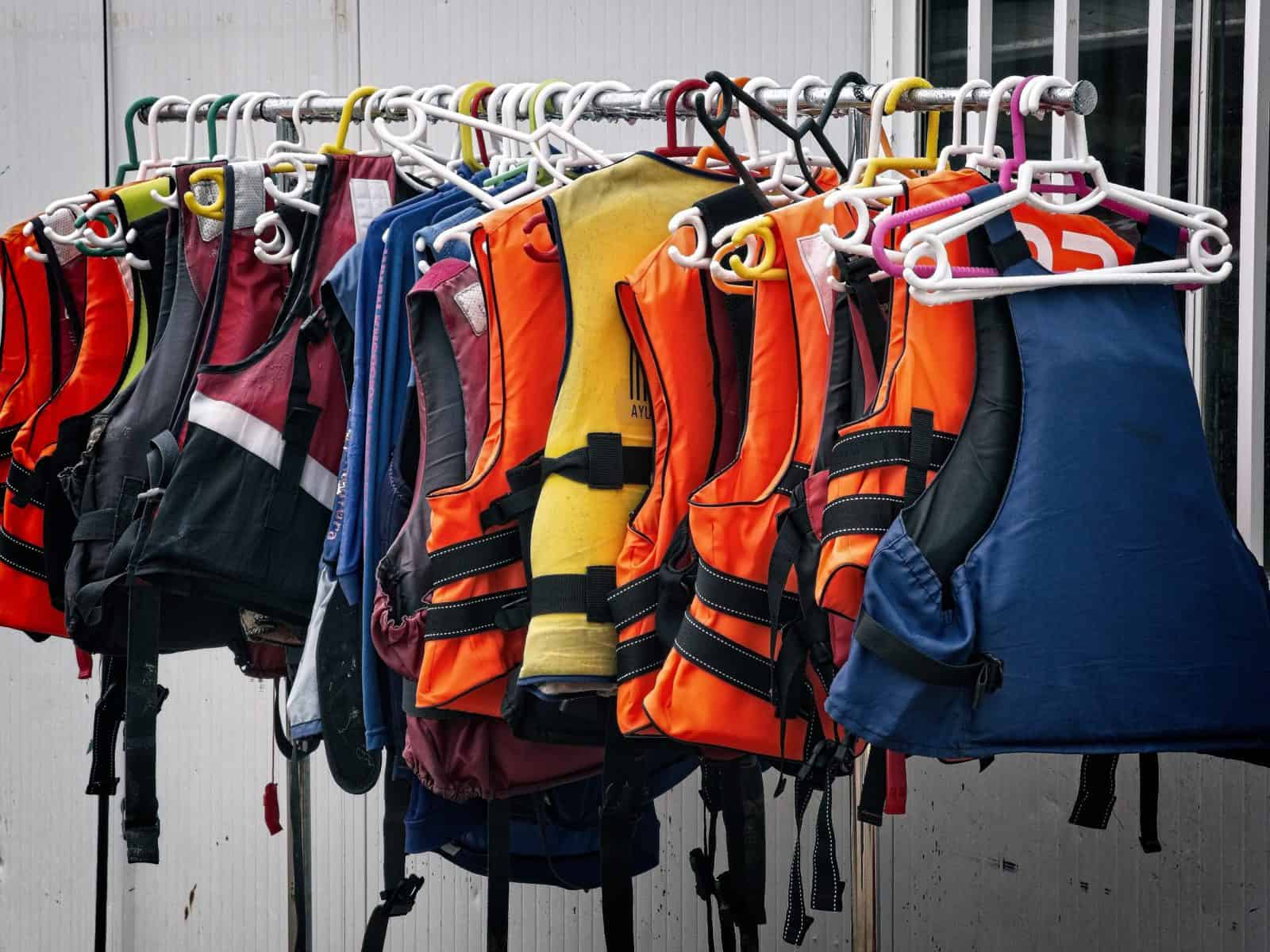 best kayak life vest life jackets and pfd
